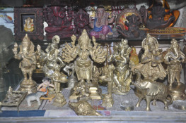 જામનગરના ગણેશ ભક્ત પાસે છે 'વિઘ્નહર્તા'ની 4500 મૂર્તિઓ