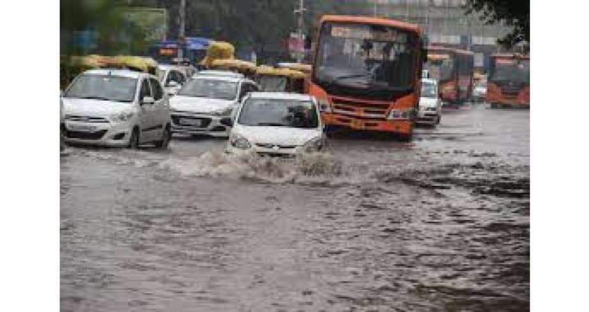 કેશોદમાં ભારે વરસાદથી નીચાણવાળા વિસ્તારોમાં પાણી ભરાયા: લોકો પરેશાન
